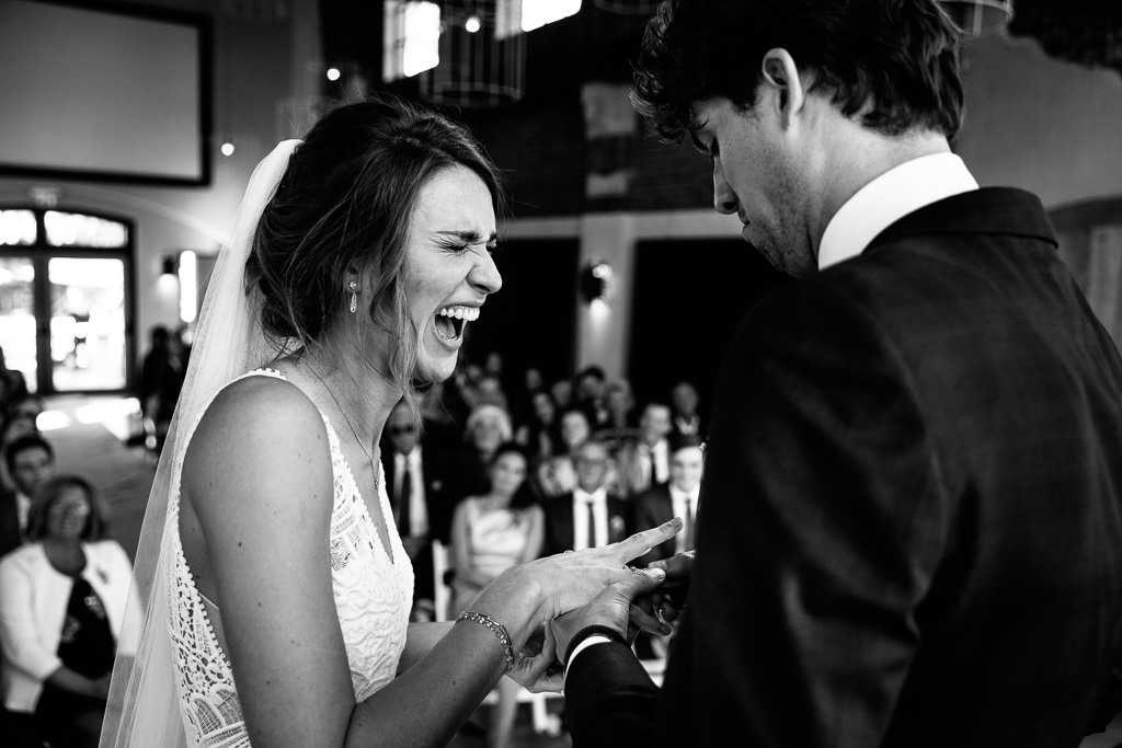 Emotie tijdens trouwceremonie