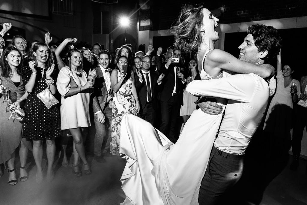 Lift eerste dans bruiloft