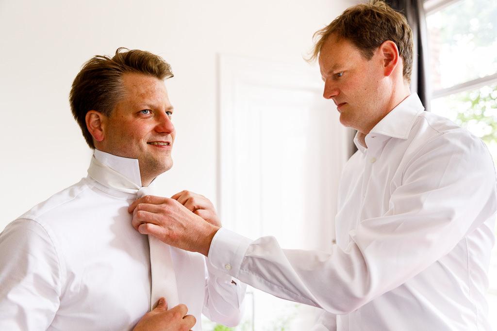 Bruidegom voorbereidingen in Amsterdam