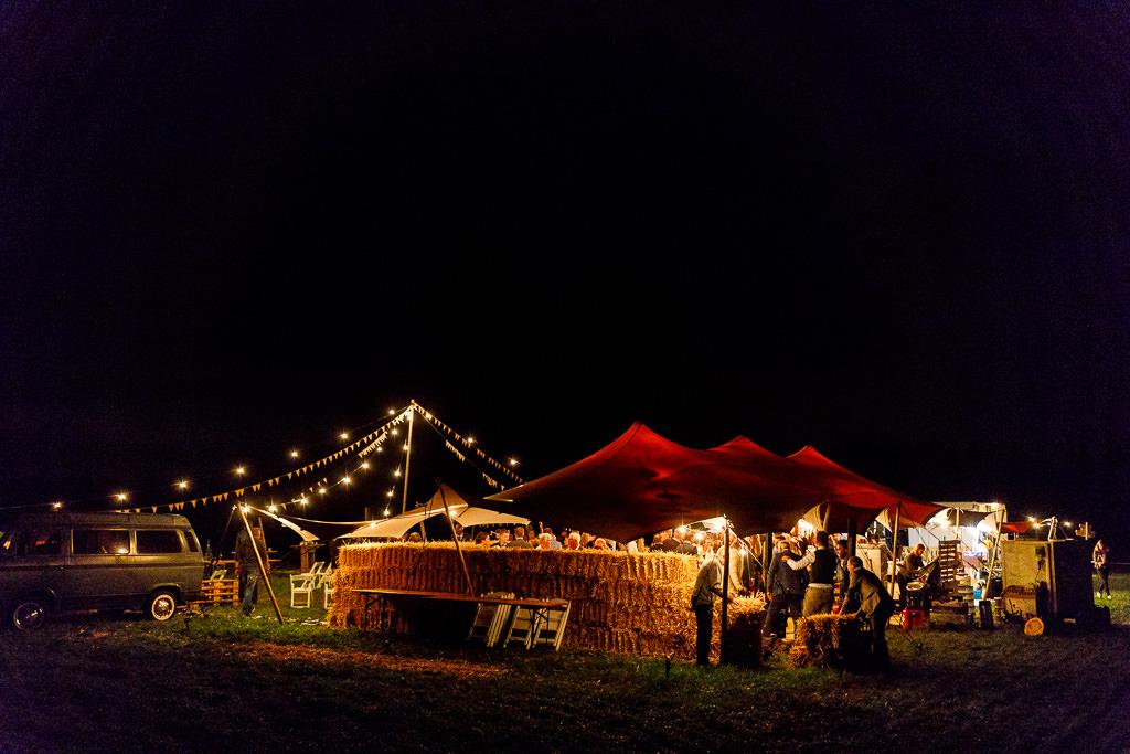 Grote tent voor bruiloft