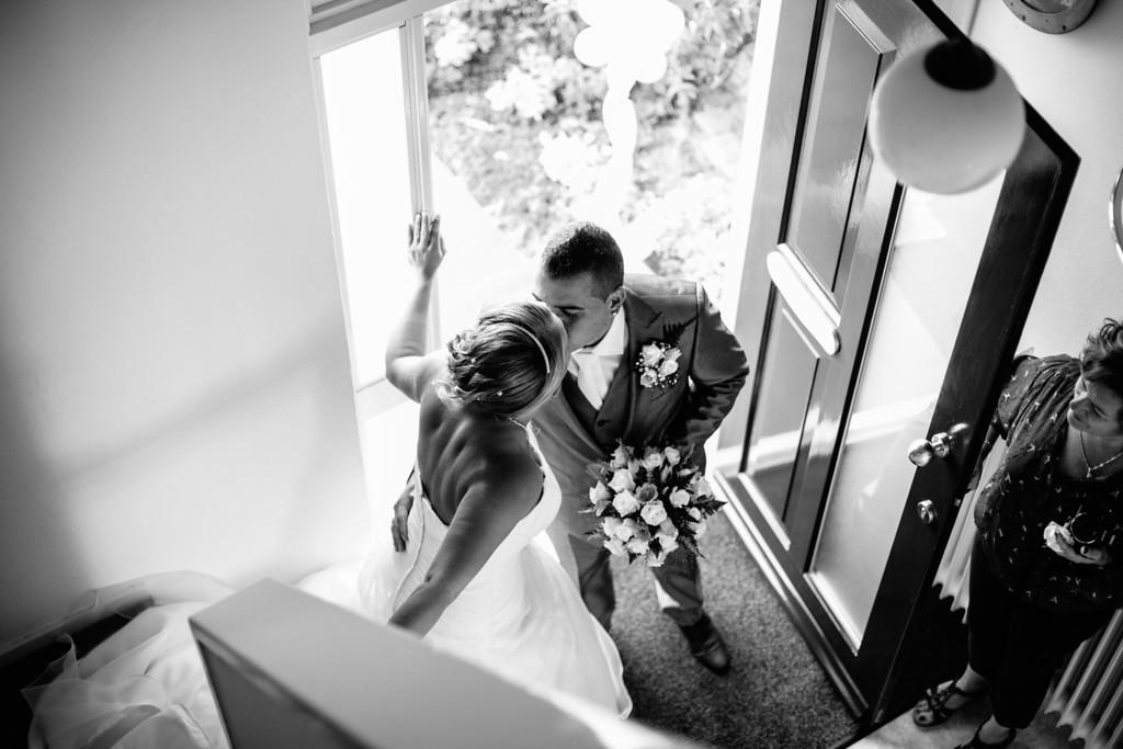 Bruidsfotografie, trouwfotografie, trouwreportage, Bruidsfotografie Vlissingen, Papendrecht, trouwfotograaf, Zeeland, Vlissingen, Kats, Kamperland, timmerfabriek Vlissingen